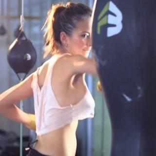 Trenerka, s katero bi vadili do onemoglosti (video)