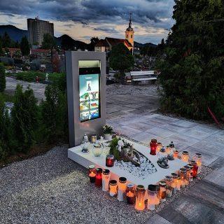 https://www.24ur.com/novice/znanost-in-tehnologija/na-pokopaliscu-v-zalcu-postavili-prvi-digitalni-nagrobnik.html